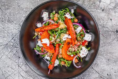 Салат из печеной тыквы и моркови