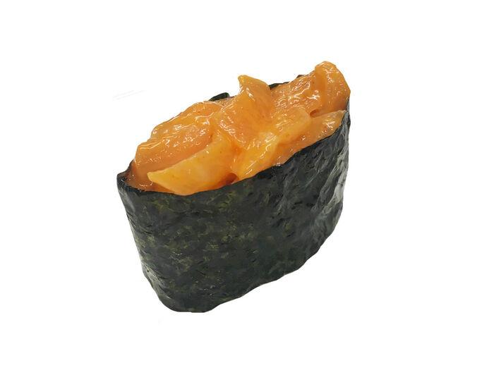 Спайси гункан с с лососем