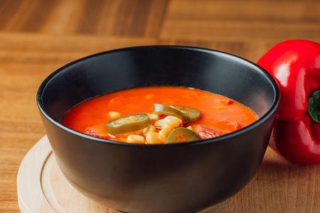 Суп Гамбо с копчеными колбасками