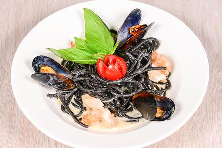 Спагетти Нерри с морепродуктами