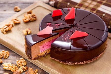 Торт Чёрная Бомба