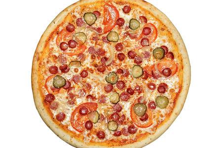 Пицца по-баварски пышная