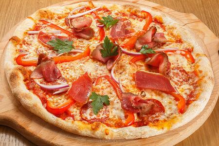 Пицца Легендарная мясная