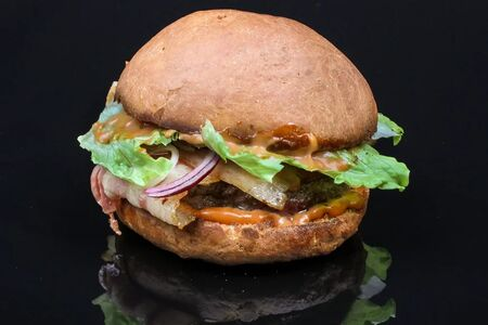 Бургер Макс с беконом