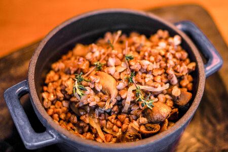 Гречка с белыми грибами и трюфельным маслом
