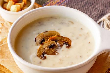 Сырный крем-суп с грибами