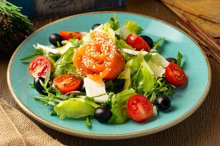 Шеф-салат с лососем