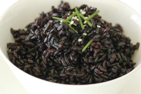 Рис черный отварной
