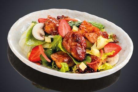 Салат из обжаренного цыпленка