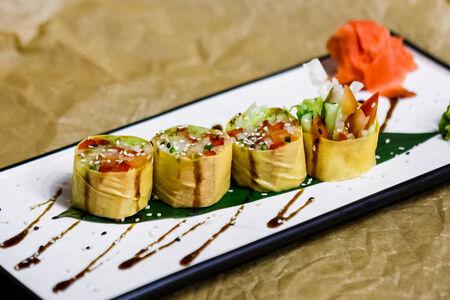 Салат Овощной ролл в тофу