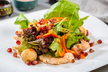 Теплый салат Медовый цыпленок