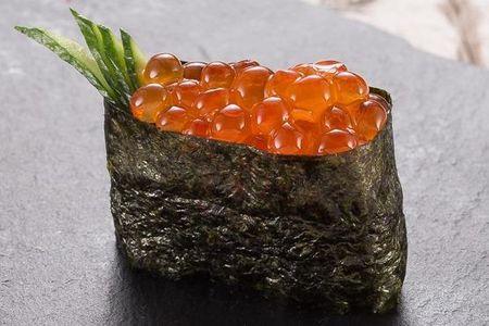 Икура суши