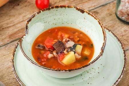 Суп с телячьими щечками