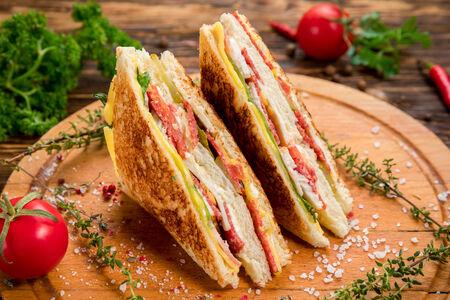 Легендарный сэндвич Клаб