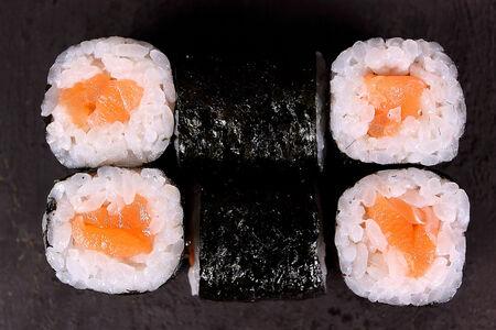 Ролл Мини с лососем