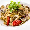 Фото к позиции меню Спагетти с кальмарами, вонголе и боттаргой
