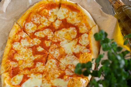 Пицца Маргарита классическая