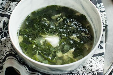 Суп со шпинатом и сыром Филадельфия
