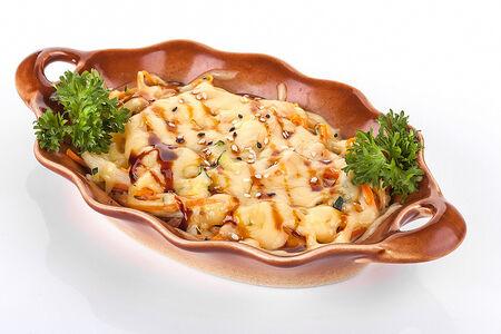 Запеченный салат с крабом