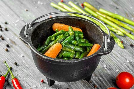 Фасоль стручковая с мини морковью