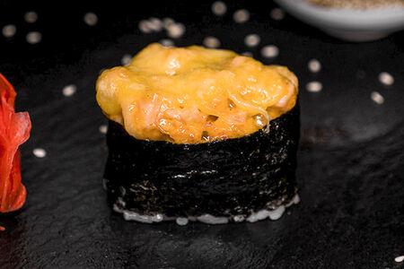 Запечённый гункан Горячий лосось