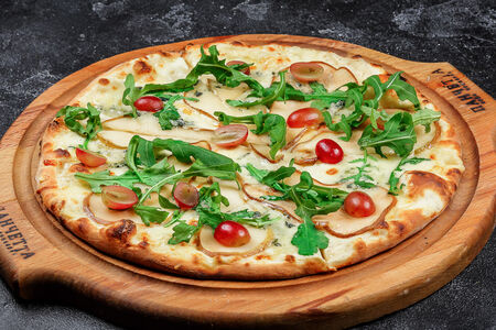 Пицца Пера Формаджио