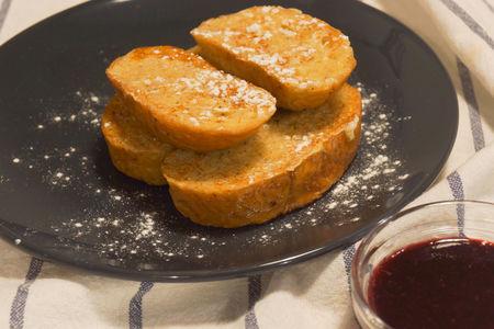 Сладкий хлеб в молоке