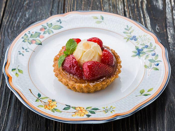 Десерт Миндальная корзинка