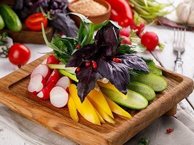 Сезонные овощи и зелень