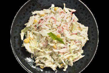 Салат из капусты с кукурузой