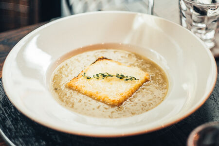 Суп Лионский луковый