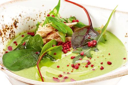 Крем-суп из зеленого горошка с томленой уткой