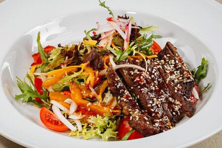 Стейк-салат с говядиной Премиум