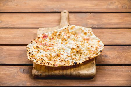 Наан с сыром
