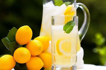 Лимонад (Пушкинъ)