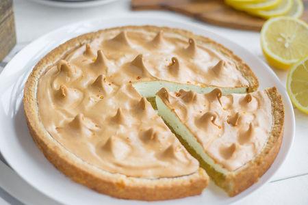 Пирог сладкий Лимонный с меренгой