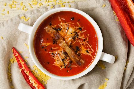 Суп Томатный с копчеными колбасками