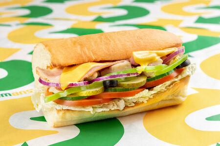 Сэндвич Курица и бекон Мелт маленький