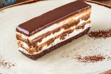 Торт Фундучный