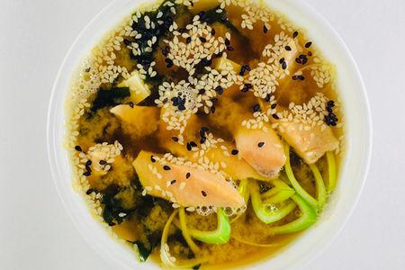 Мисо суп с лососем