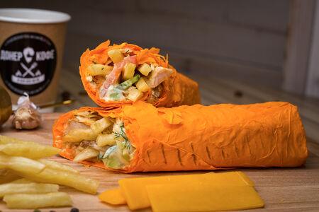 Шаурма в сырном лаваше с картошкой и сыром