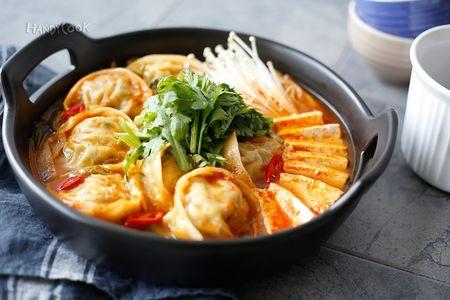 Кимчи Манду Чонголь
