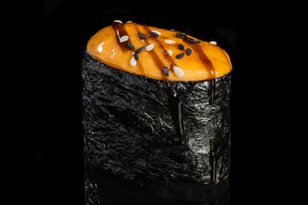 Суши запеченные с крабом