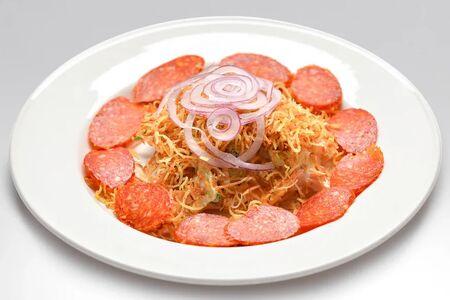 Салат Мясной с салями и хрустящим картофелем