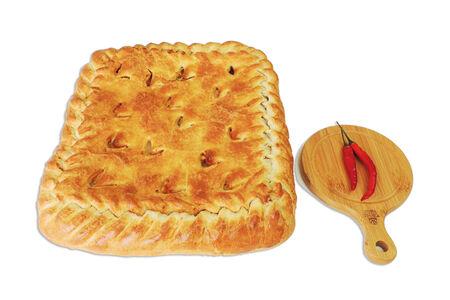 Пирог с курицей и грибами на слоеном тесте