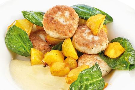 Котлетки из судака с картофелем