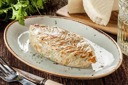 Кок-самса с зеленью и сыром сулугуни