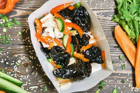 Салат из черных грибов