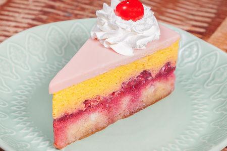 Манговый десерт