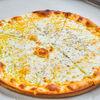 Фото к позиции меню Пицца Куатро Формаджио